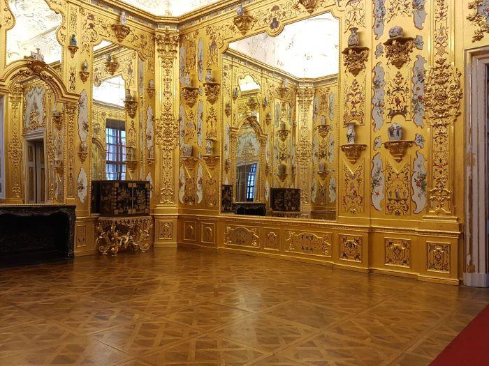 goldroom3